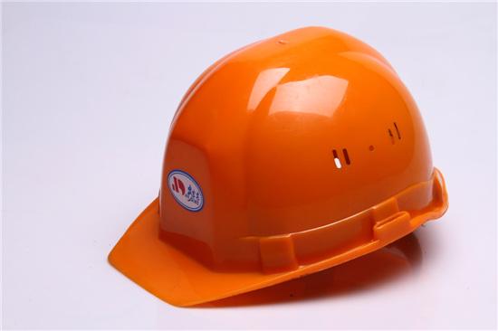 电气系统的安装需用到电力安全帽